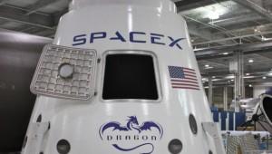 Space X bemanntes Raumschiff Dragon V2 Nachrichten