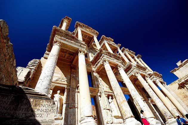 Wissen der Menschheit Antike Bibliothek