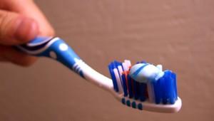 Zahnpasta Fruchtbarkeit